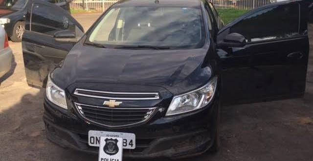 Polícia Civil de Morrinhos recupera carro furtado e prende suspeitos