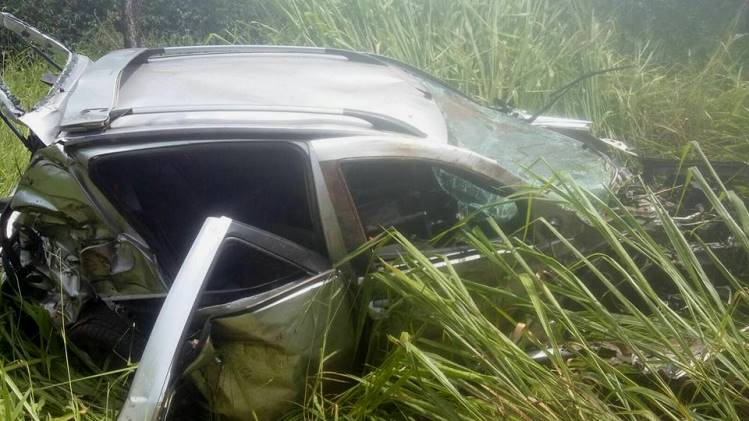 Carro da família após o acidente
