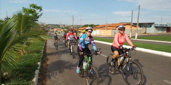 Câncer de Mama: Passeio ciclístico alerta para necessidade de prevenção da doença!!!