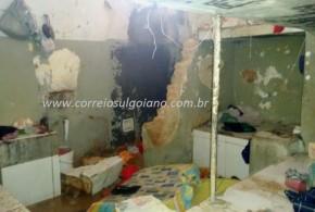 MOTIM: Dois dias após fuga, presos quebram paredes e queimam colchões da Cadeia Pública de Cromínia-GO