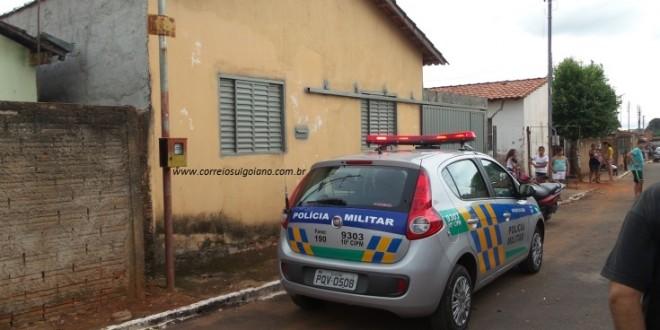 Tragédia: Mulher é encontrada morta, em casa! Pendurada em uma corda, pode ter cometido suicídio
