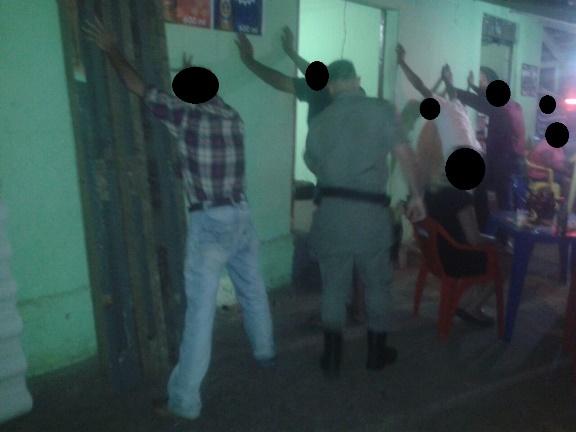 Abordagens e Bloqueios policiais