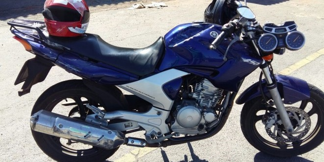 Van x Moto: Acidente deixa motociclista gravemente ferida em Morrinhos