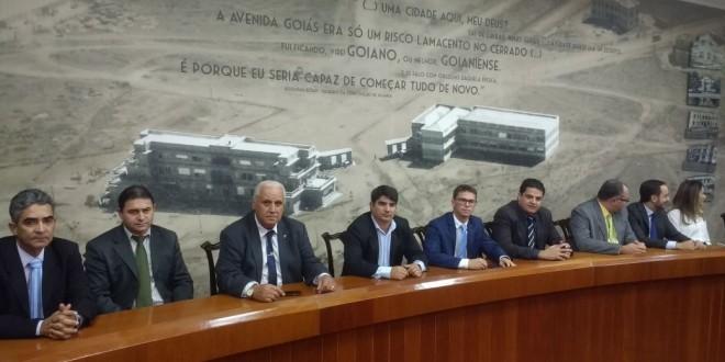 Prefeito e vereadores se reúnem com Marconi Perillo e solicitam melhorias na segurança pública, em Morrinhos